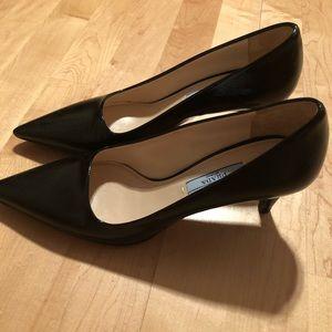 Excellent Authentic Prada Saffiano Pumps Heels 36